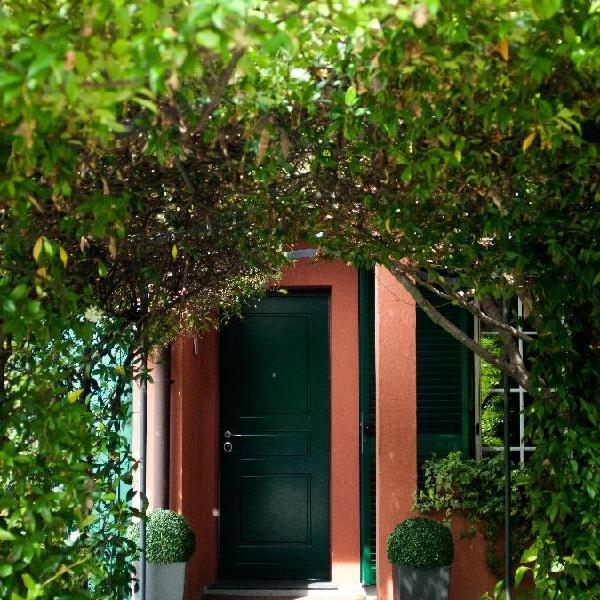 Elena's home