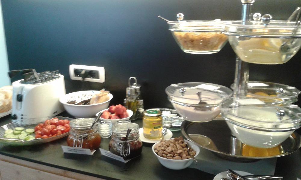 La colazione di APARTHOTEL DOLOMITES RTA
