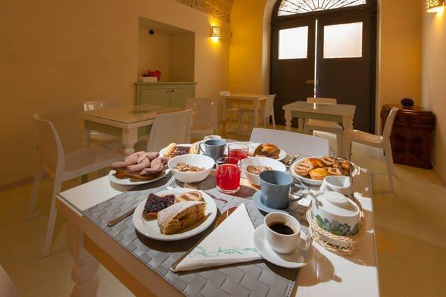 La colazione di KALEIDOS GUEST HOUSE