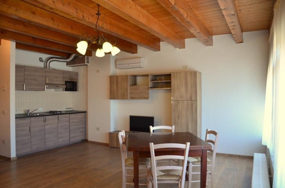 Appartamento con 2 Camere 4