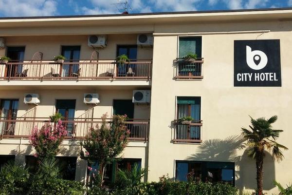 B City Hotel