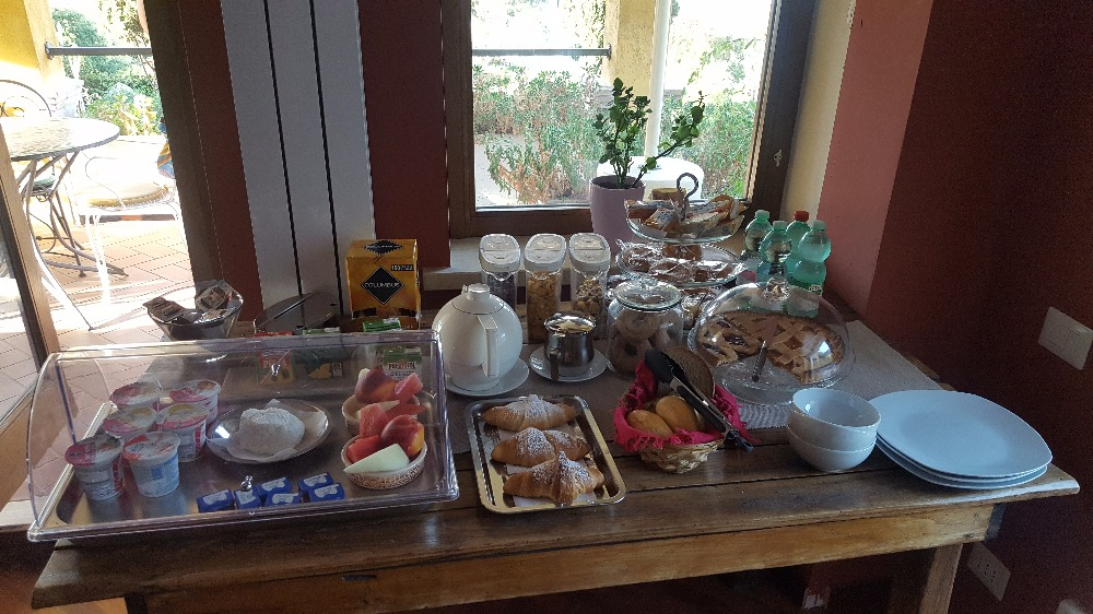 La colazione di IL NIDO DEL FALCO B&B