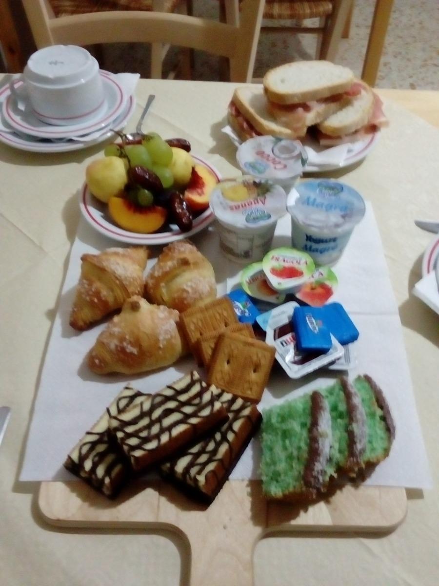 La colazione di CA' DEI VILLA R&B