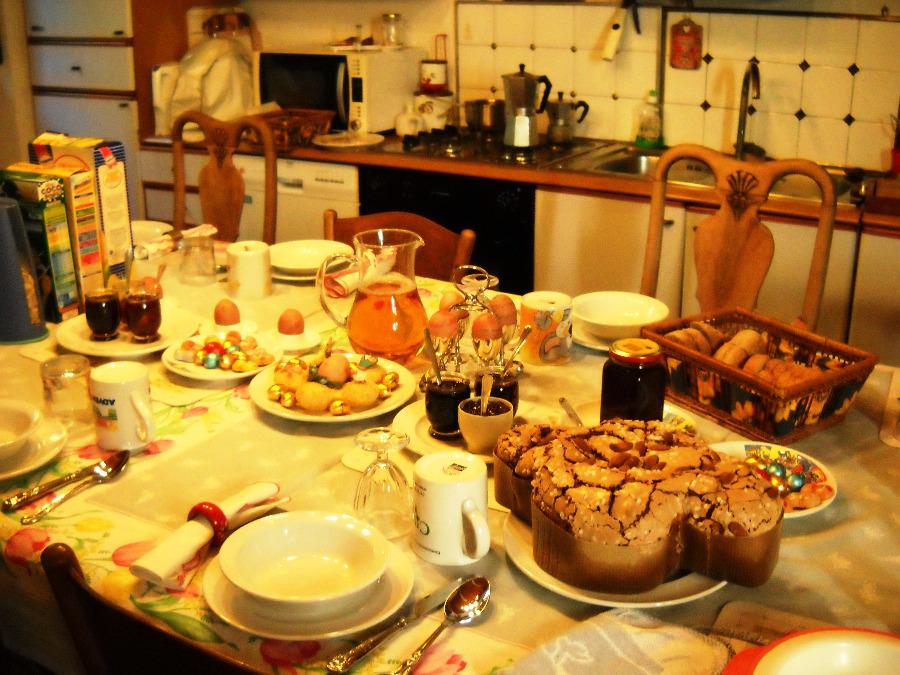 La colazione di COUNTRY HOUSE CASCINA CESARINA