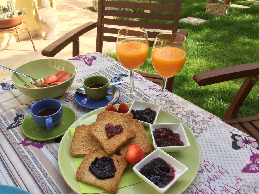 La colazione di B&B SWEET HOME