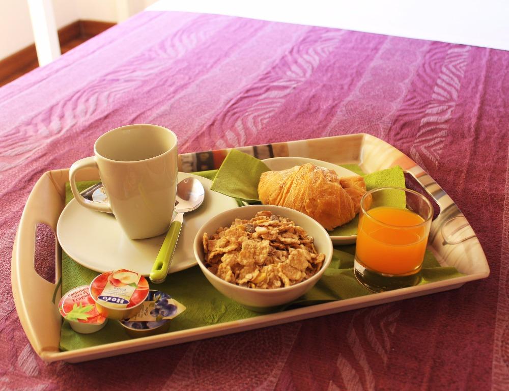 La colazione di B&B BOUGANVILLE