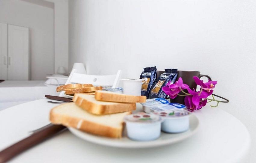 La colazione di AL COLOSSEO 8