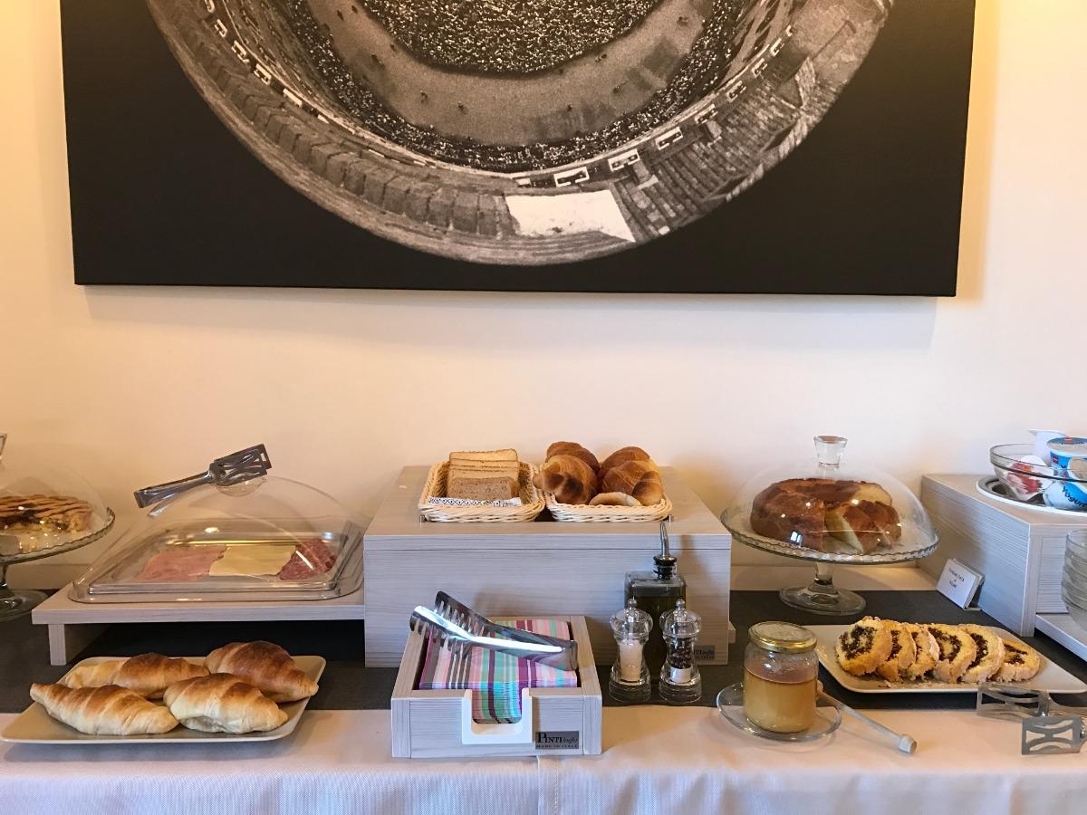 La colazione di B&B IL BARBERO