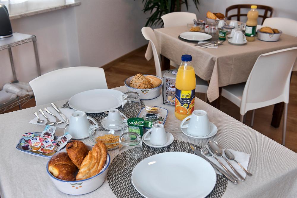 La colazione di B&B VILLA GIULI