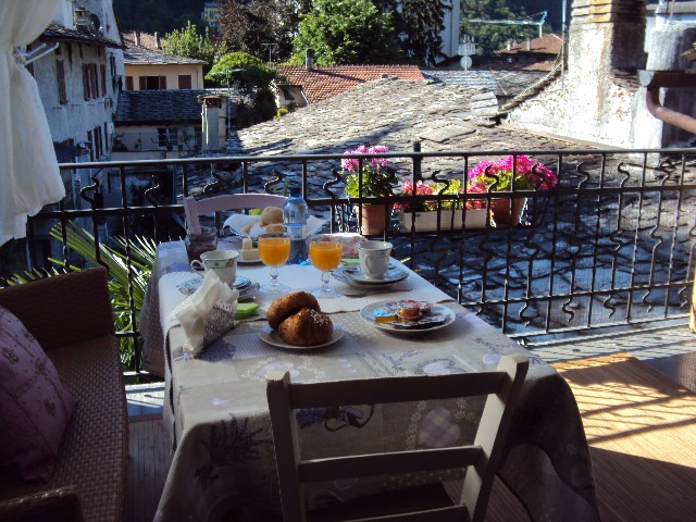 La colazione di B&B CHIAVENNA CENTRO STORICO