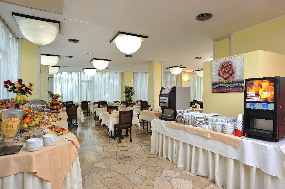 La colazione di HOTEL TIBERIUS