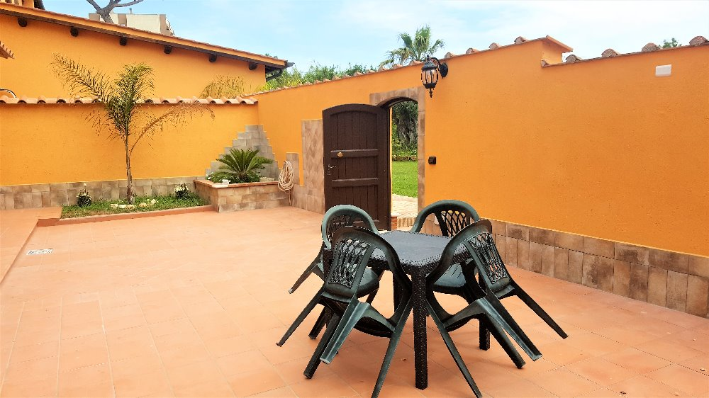 camera48686
