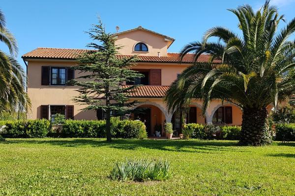 Villa Mandrioli