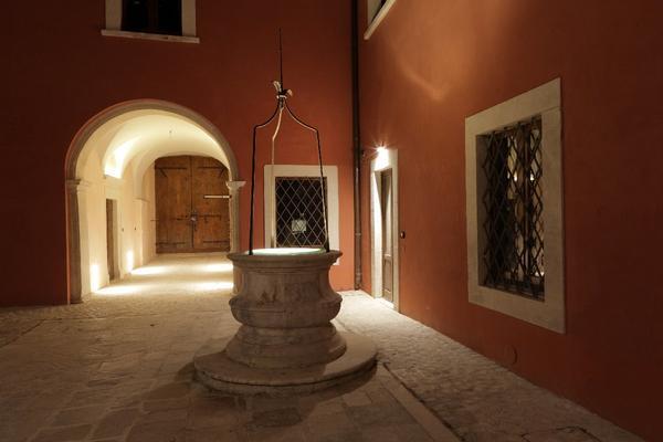 Palazzo Rustici B&B