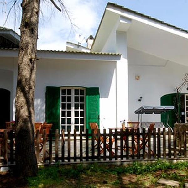 villa quattro pini