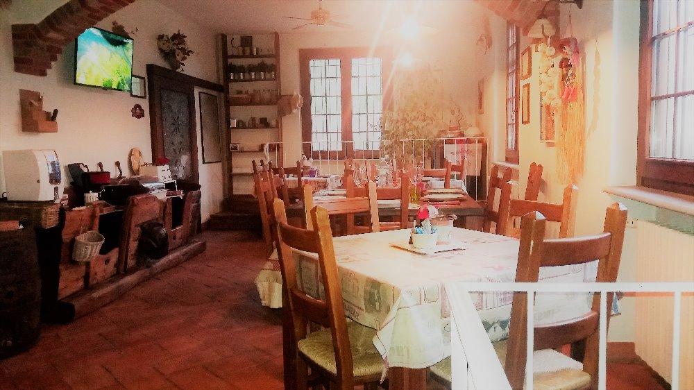 La colazione di AGRI B&B RELAIS CASCINA AL CAMPACCIO