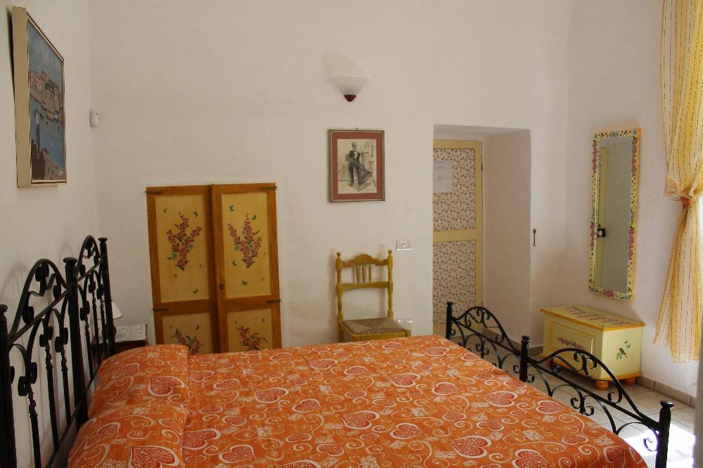 Camera Matrimoniale 4