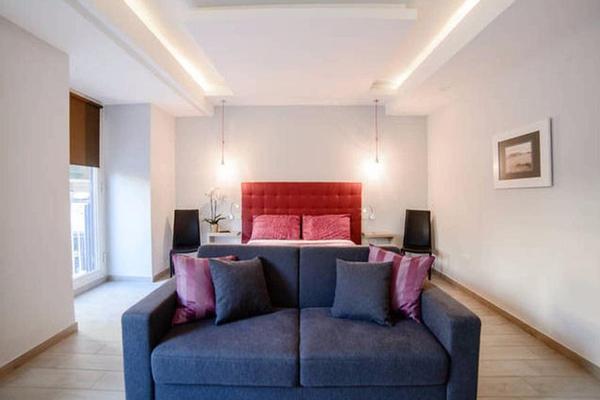 Riviera Luxury Suites