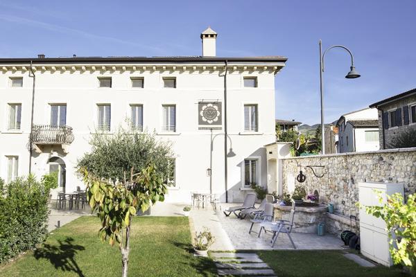 Villa di Cazzano