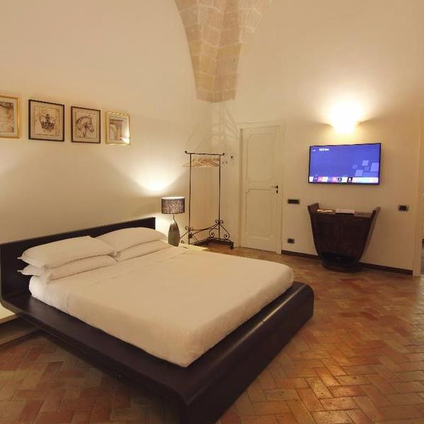 antica civita luxury room