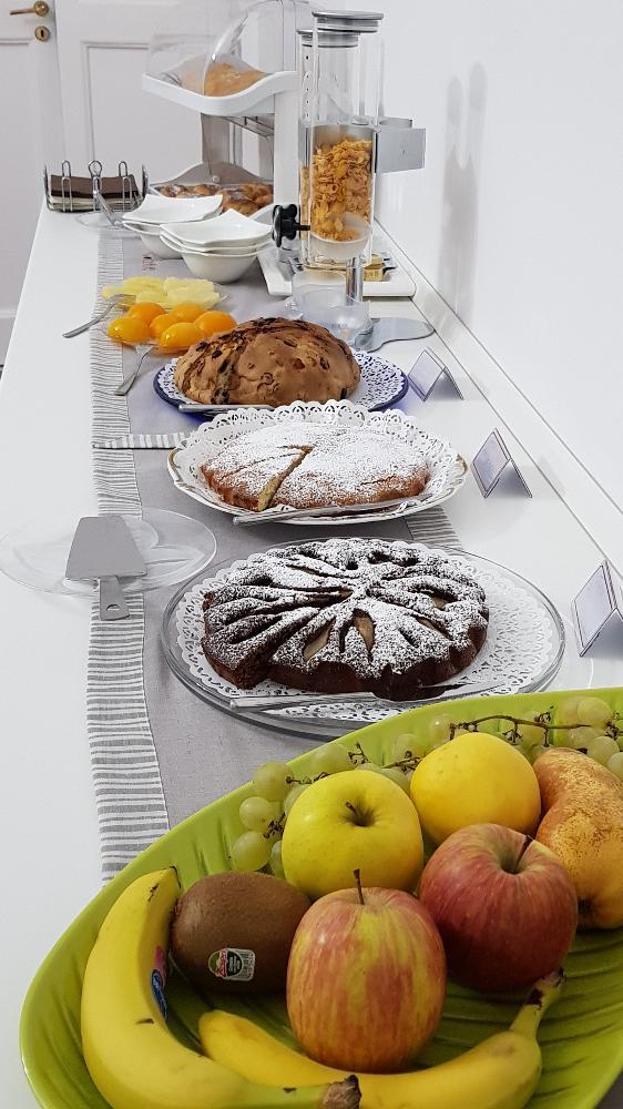 La colazione di IL GIARDINO DEI LIMONI ROOM & BREAKFAST