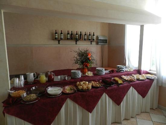La colazione di HOTEL CAROL