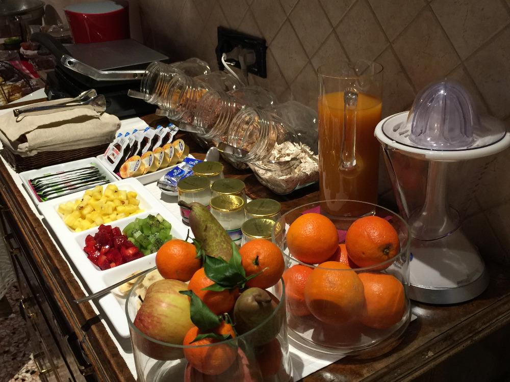 La colazione di RELAIS VILLA GOZZI B&B
