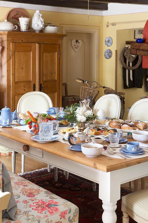 La colazione di CA' DELLE ROSE ECO LUXURY B&B