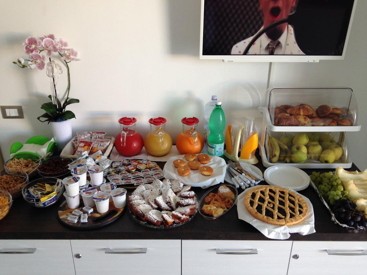 La colazione di B&B ESTASI SUL MARE