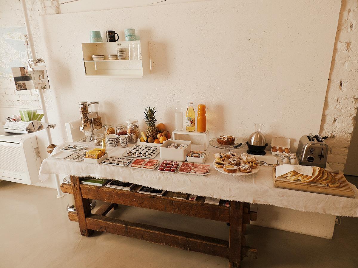 La colazione di LEGRENZI ROOMS