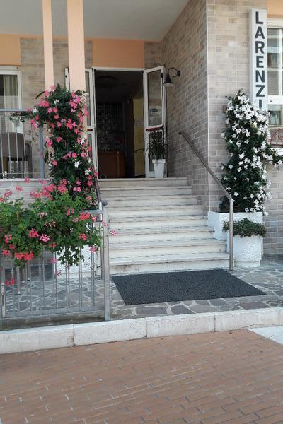 Hotel Larenzia