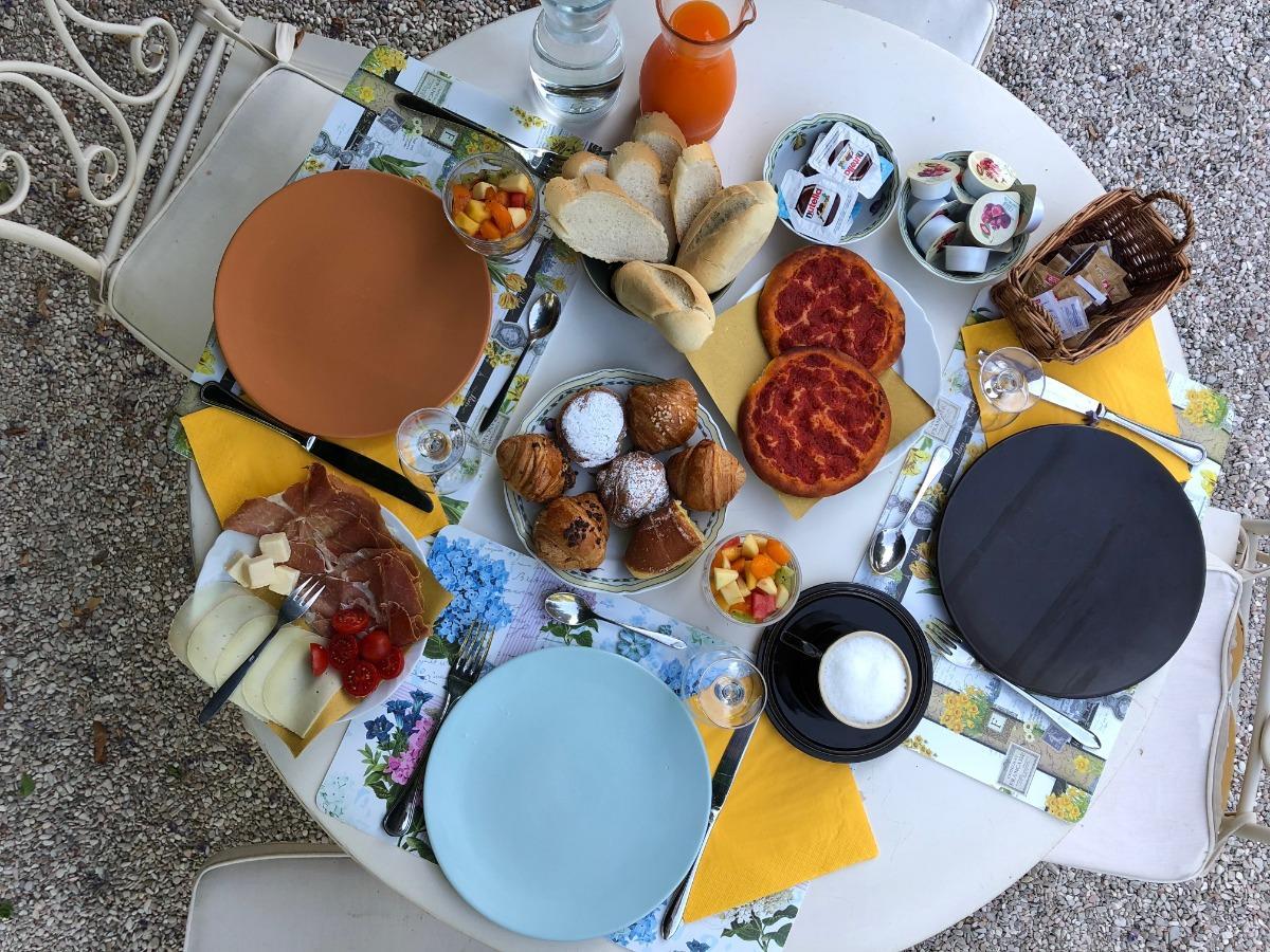 La colazione di RESIDENZA LA CANONICA