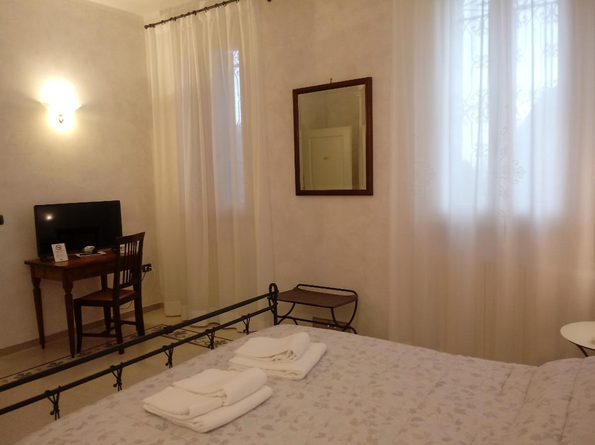 Letto Matrimoniale Emilia Romagna.B B Residence Il Ciliegio Luzzara