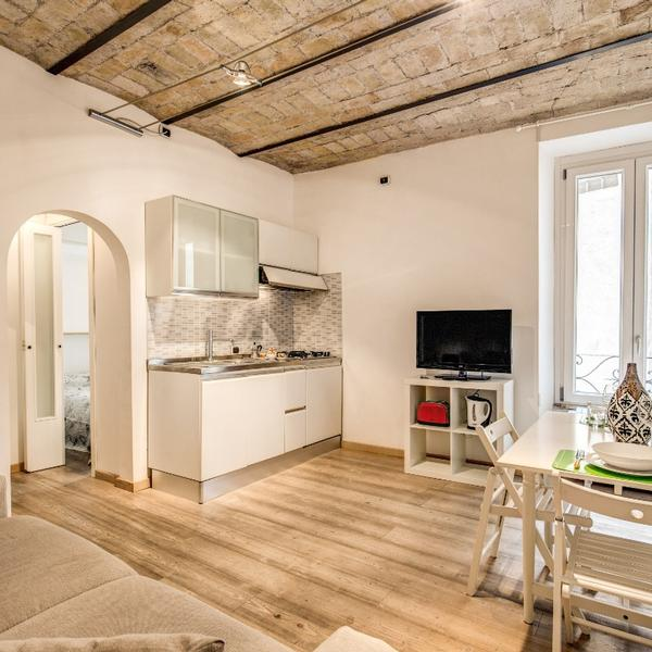 navona apartment