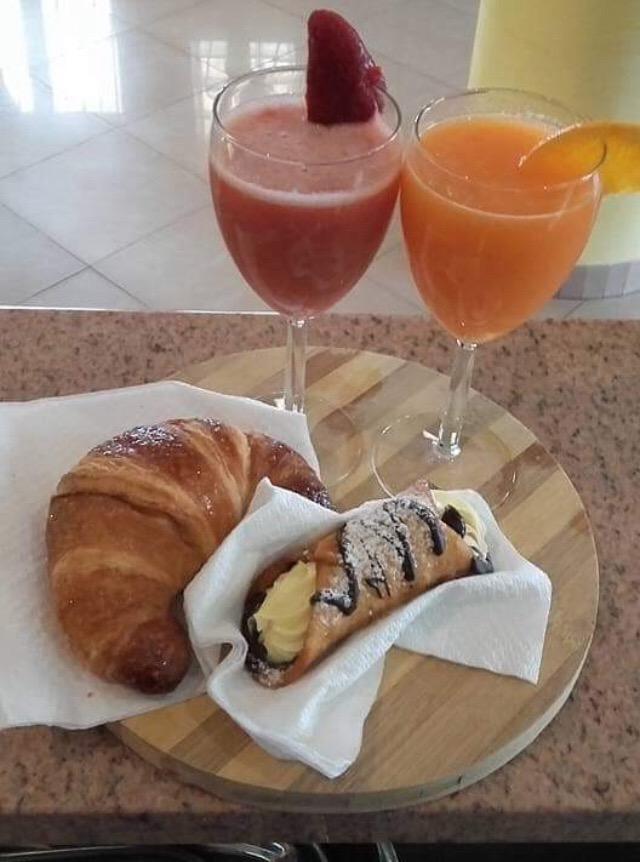 La colazione di B&B LA MELAGRANA