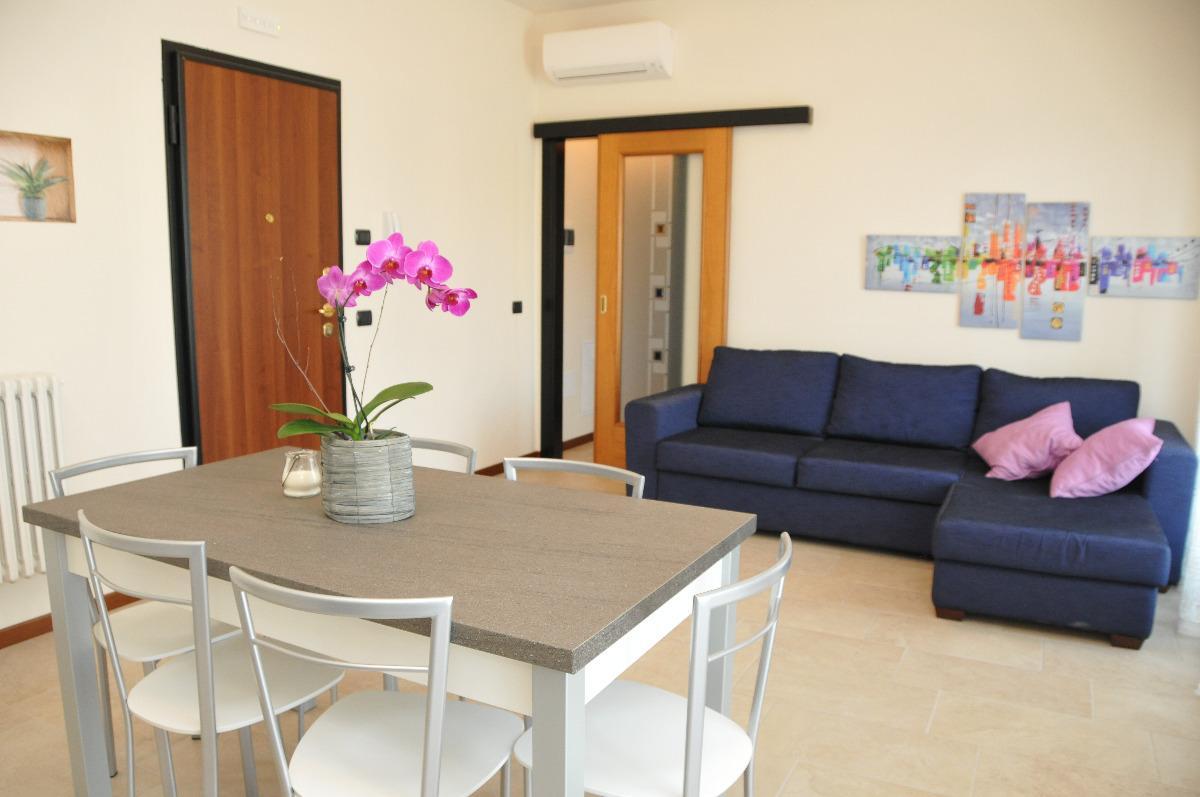 Appartamento con balcone 2