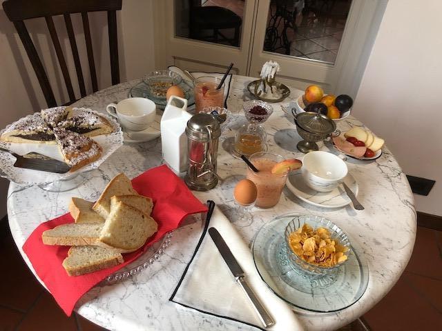 La colazione di I TORNANTI BED&BIKE