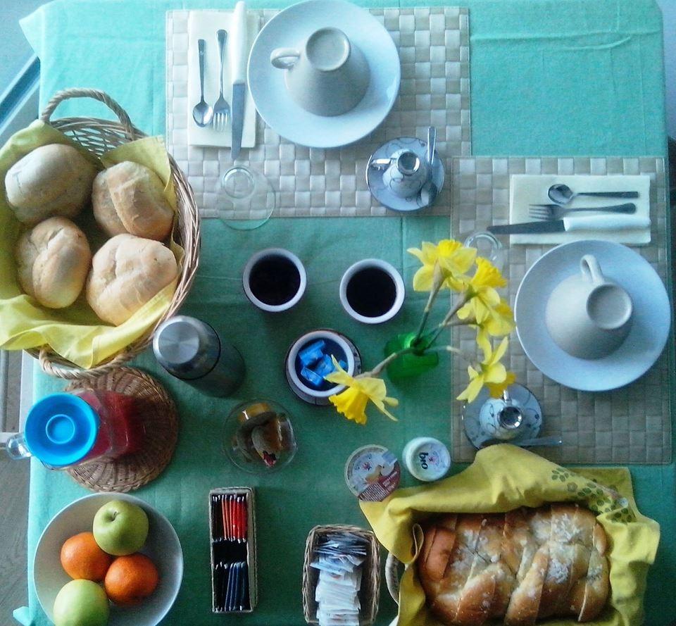 La colazione di B&B CASA SUL LAGO
