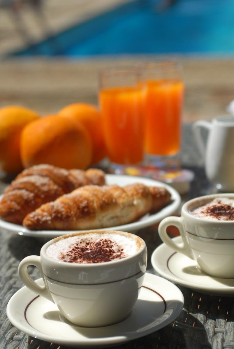 La colazione di DELLE ROSE