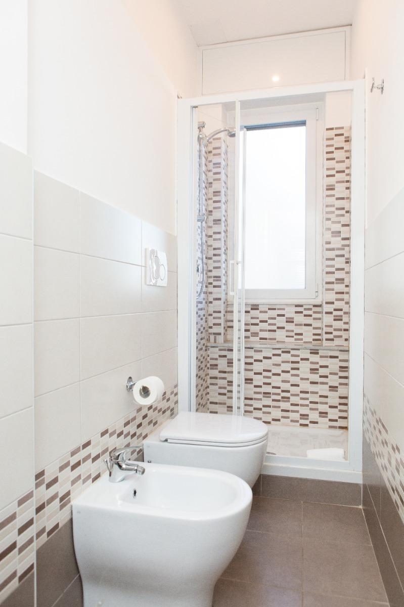 singola con bagno privato 3