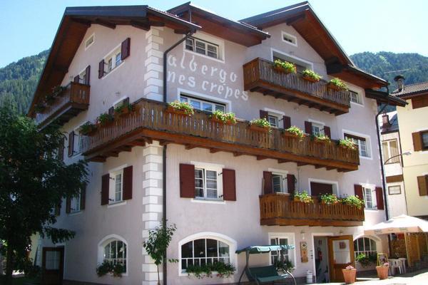 Hotel Garnì Nes Crepes