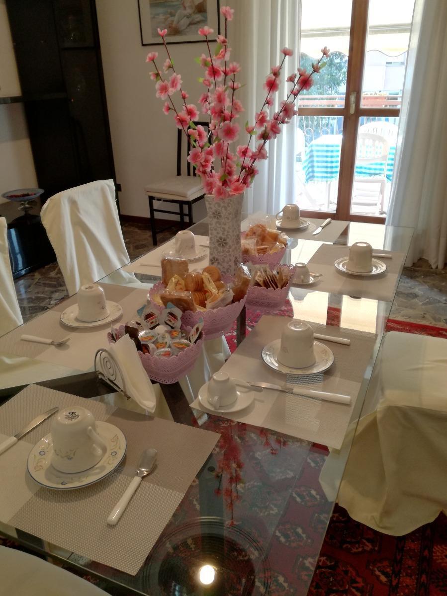 La colazione di CASA VACANZE LUNA
