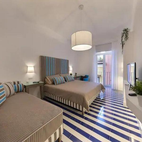 kira guest house