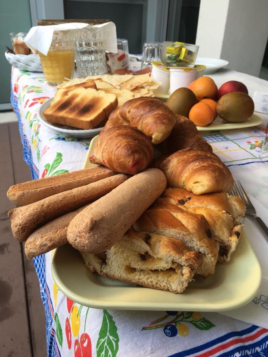 La colazione di IL CARIGNANO ROOMS