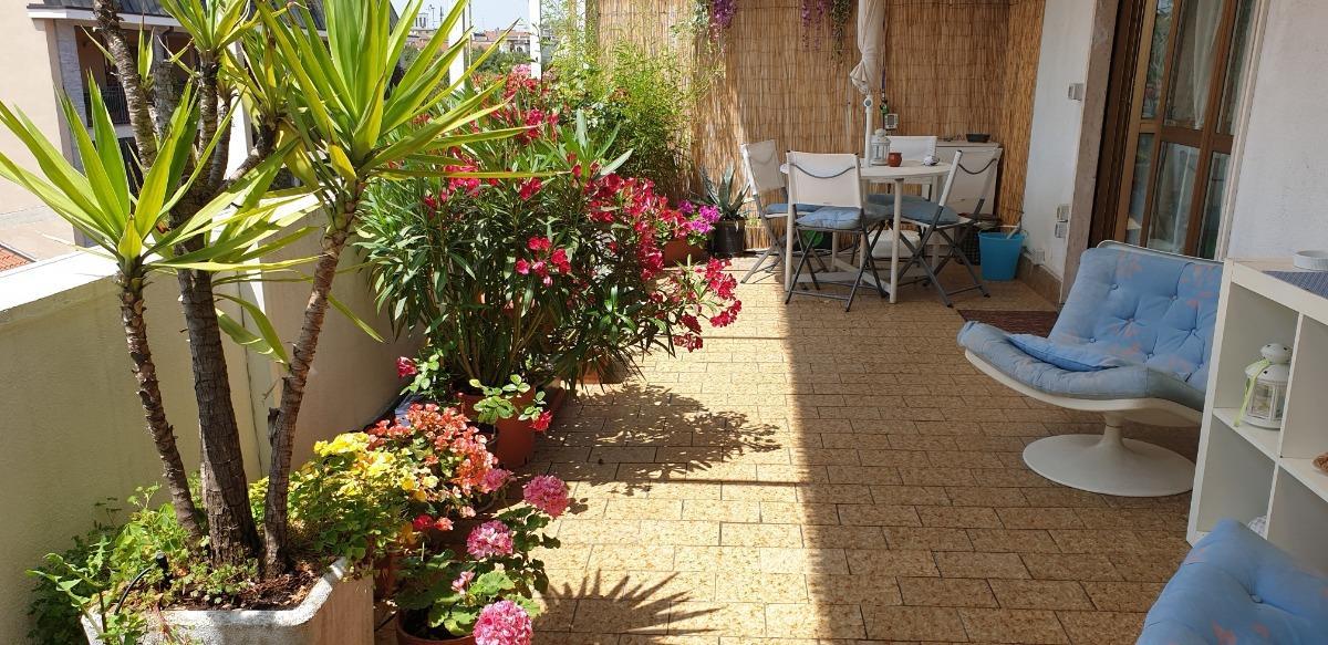 Flowery Terrace Apartment