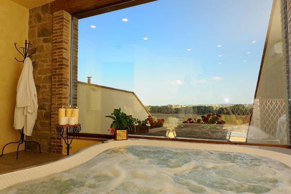 Borgo Mandoleto - Country Resort