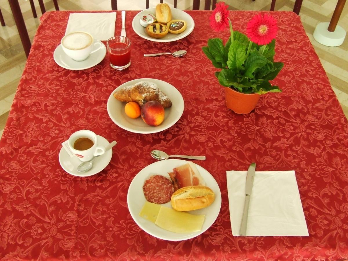La colazione di DERBY