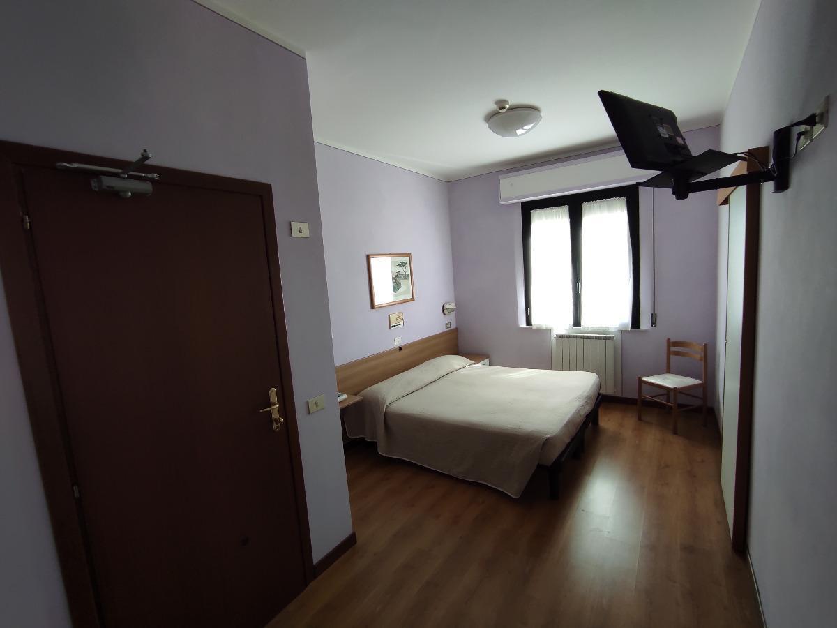 camera76889