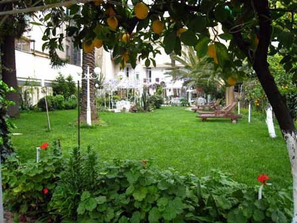 B&b il giardino segreto napoli