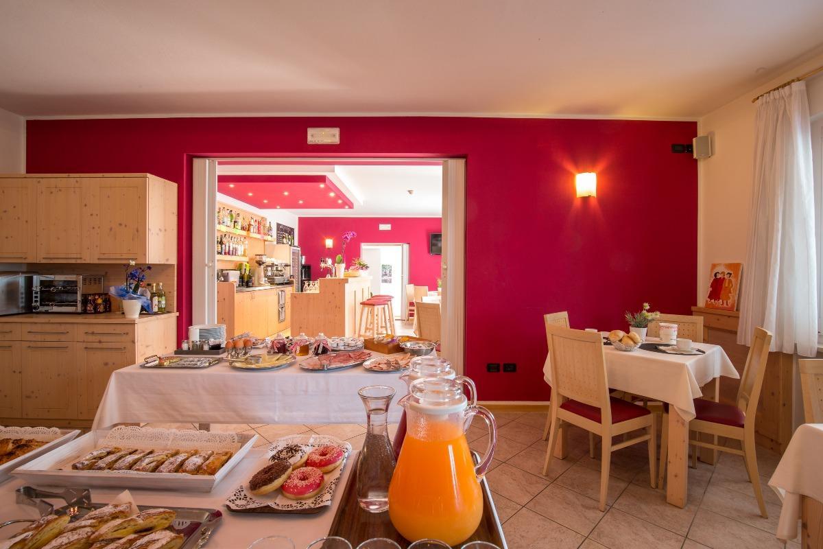 La colazione di APPARTAMENTI B&B HOTEL DA REMO